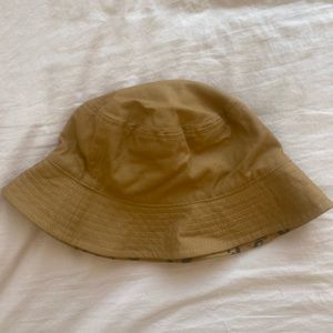 Made well bucket hat